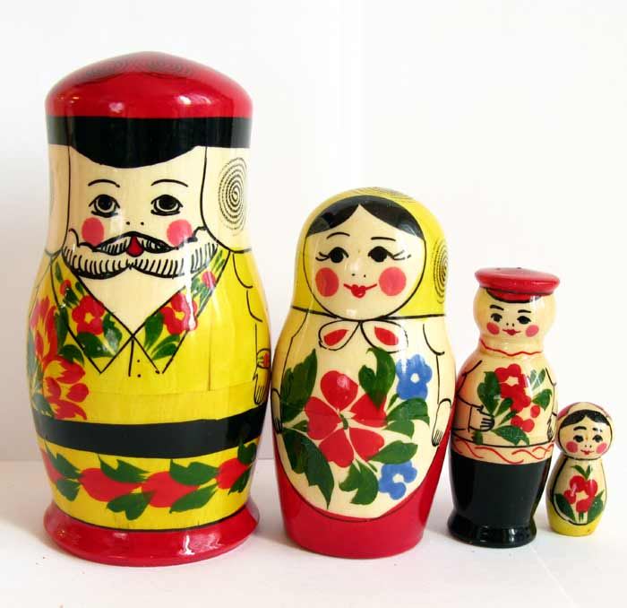 Nestling Doll Russian Family