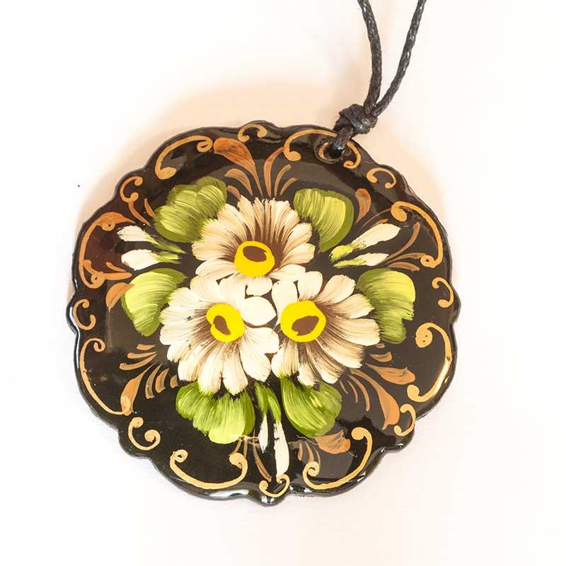 Zhostovo style pendant