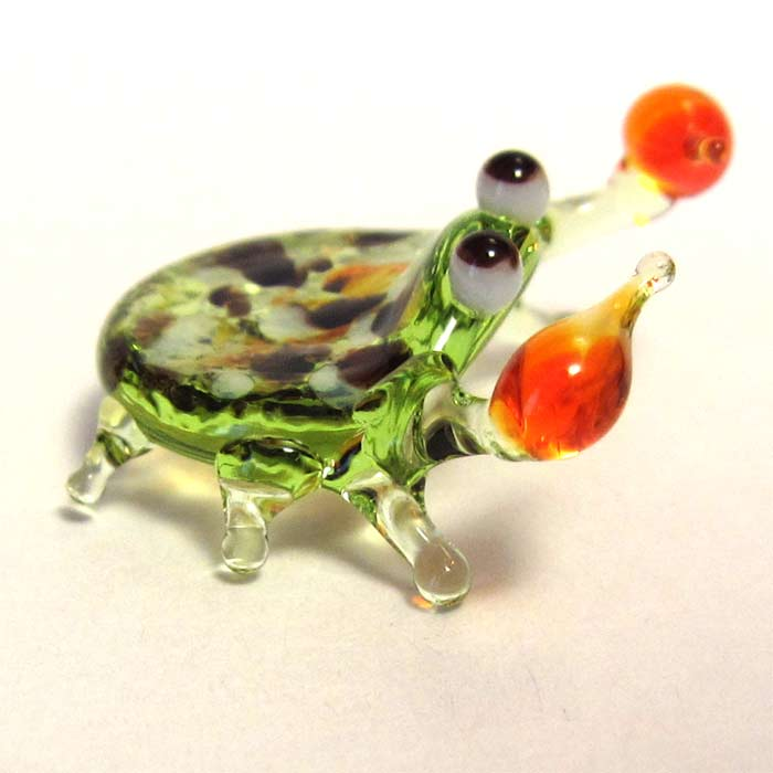Crab glass figurine