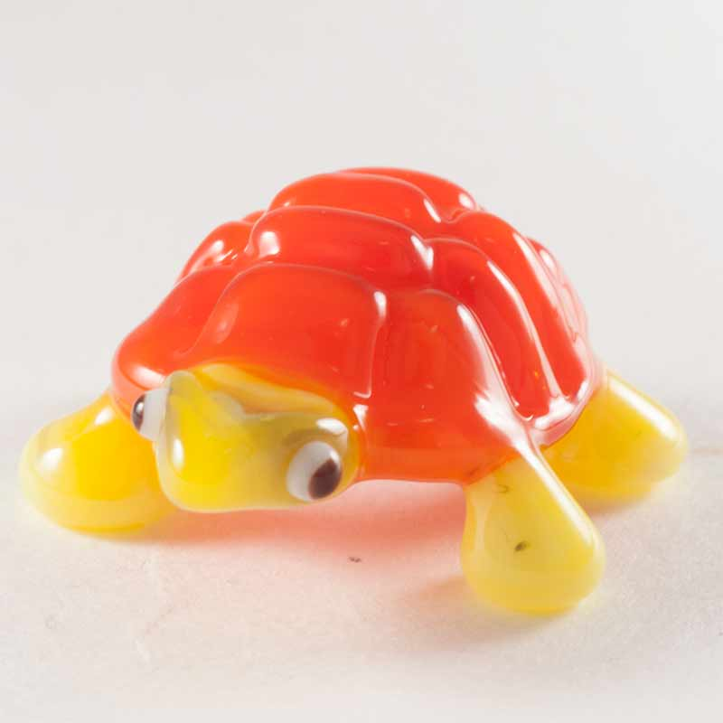 Turtle glass figurine