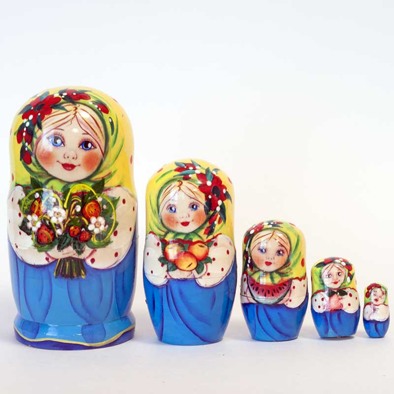 Matryoshka Girls with Flowers
