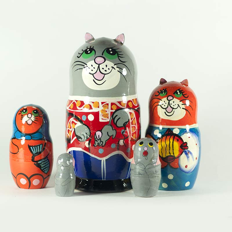 Nesting Doll Cats and Mice