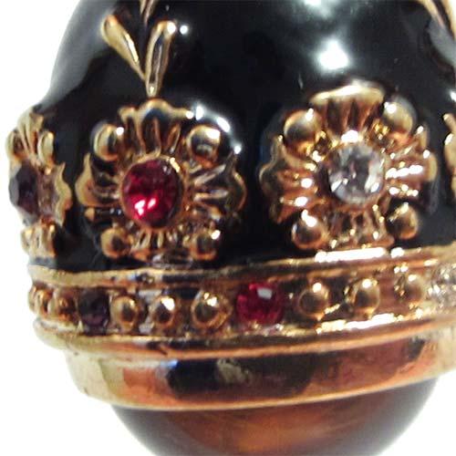Faberge pendant Amber