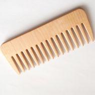 Birch Tree Wood Comb, fig. 1
