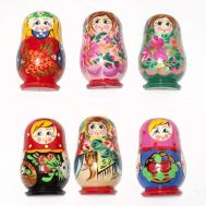 Set of Assorted Matryoshka Magnets, fig. 1