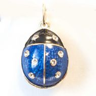 Pendant Ladybird Blue, fig. 1