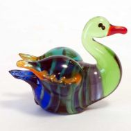 Glass Duck Figurine, fig. 1