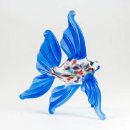 Glass Blue Fish Figure, fig. 1