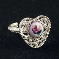 Enamel Ring Heart, fig. 1