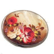 Mother of Pearl Brooch Flowers, fig. 1