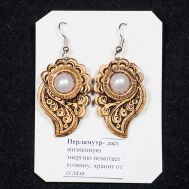 Birch Bark Earrings with Pearls, fig. 1