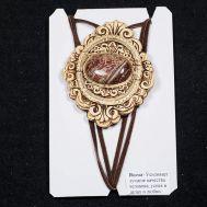 Birch Bark Pendant with Jasper Stone, fig. 1