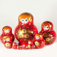 Matryoshka Gold Leaves on Red, fig. 1