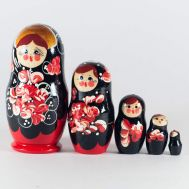 Matryoshka Red Leaves, fig. 1