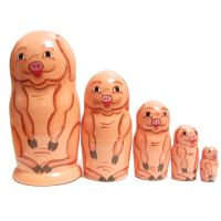Matryoshka Pigs