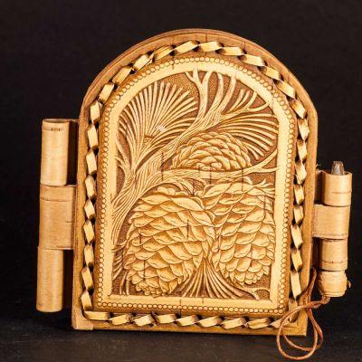 Pocket Mirror Cedar Cones, fig. 3